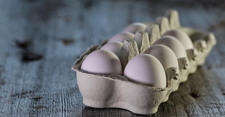 【7か月~1歳】離乳食の卵は一個あげていい?実体験と一回量の注意点