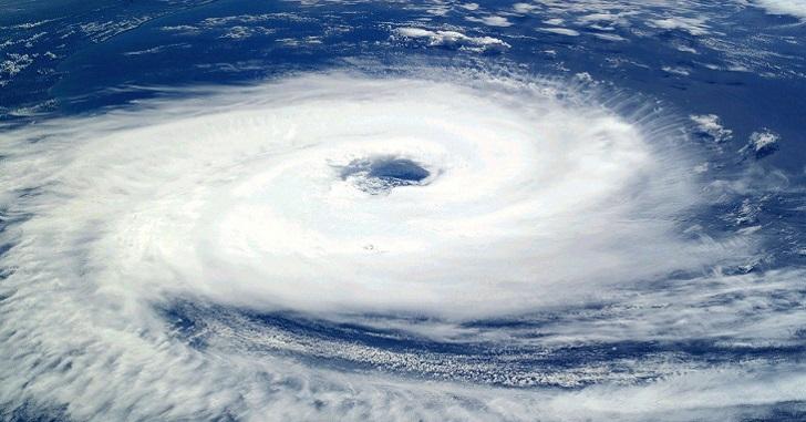 台風14号2020の進路予想は?強さや日本への影響についても